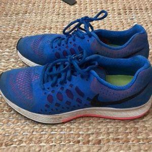 Size 10 Nike pegasus